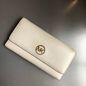 Michael Kors grey wallet
